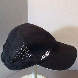 Avia Black And White Cap